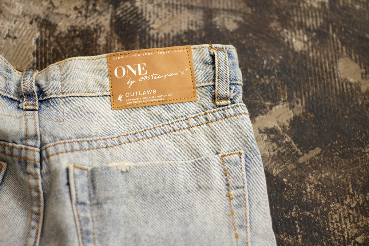140604 one teaspoon damage denim shorts