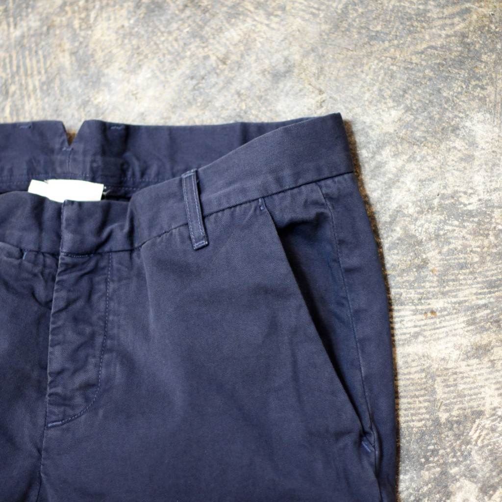 140627 band of outsiders chino pants