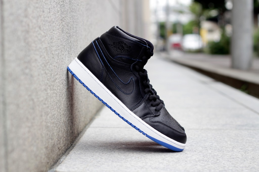 "NIKE SB × AIR JORDAN 1 ""Lance Mountain"" Black × Black"