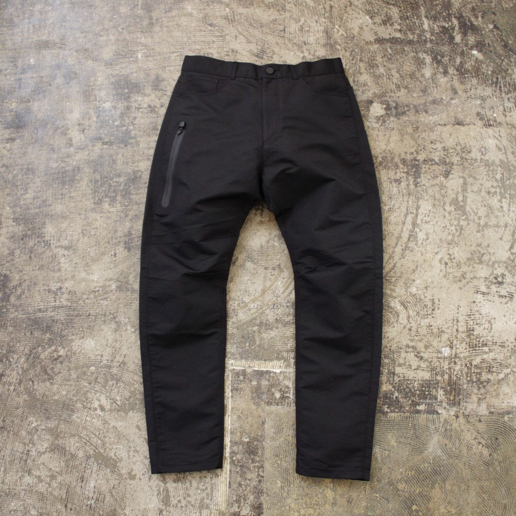 ALEXANDER WANG × H&M TAPERED JEANS