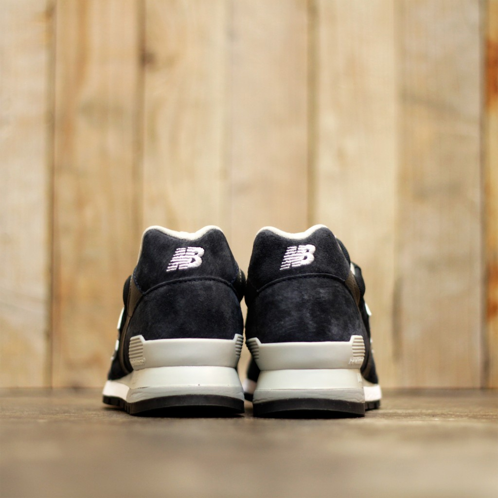 NEW BALANCE M996NAV Made in U.S.A