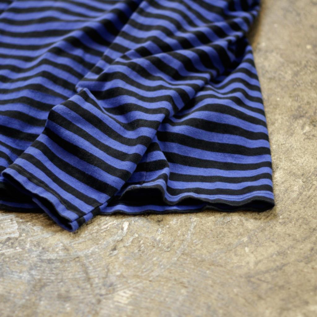 agnes b. border cut&sewn
