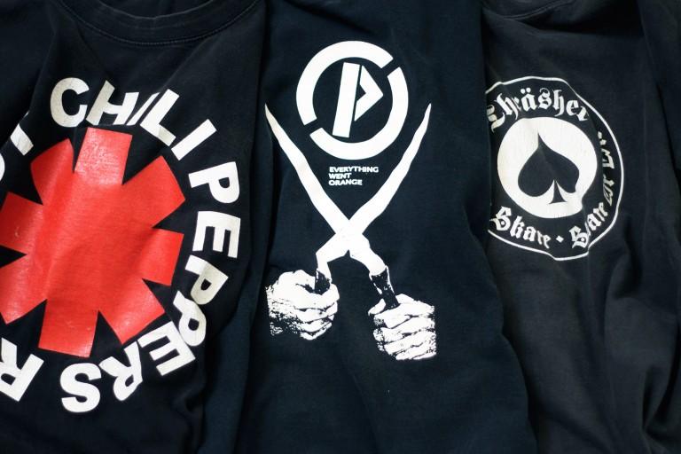Vintage 80-90's Black T-Shirt !!!
