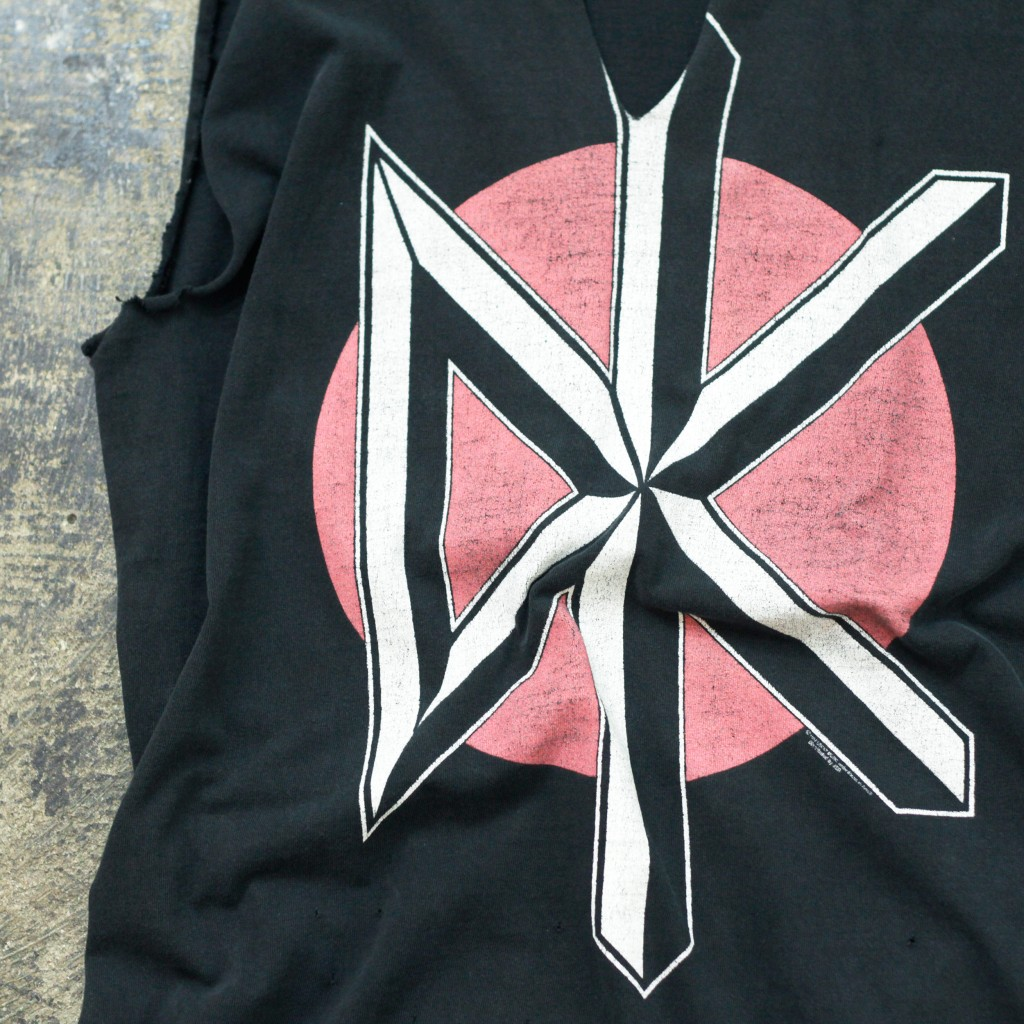 Vintage Band T-shirt deadkennedys