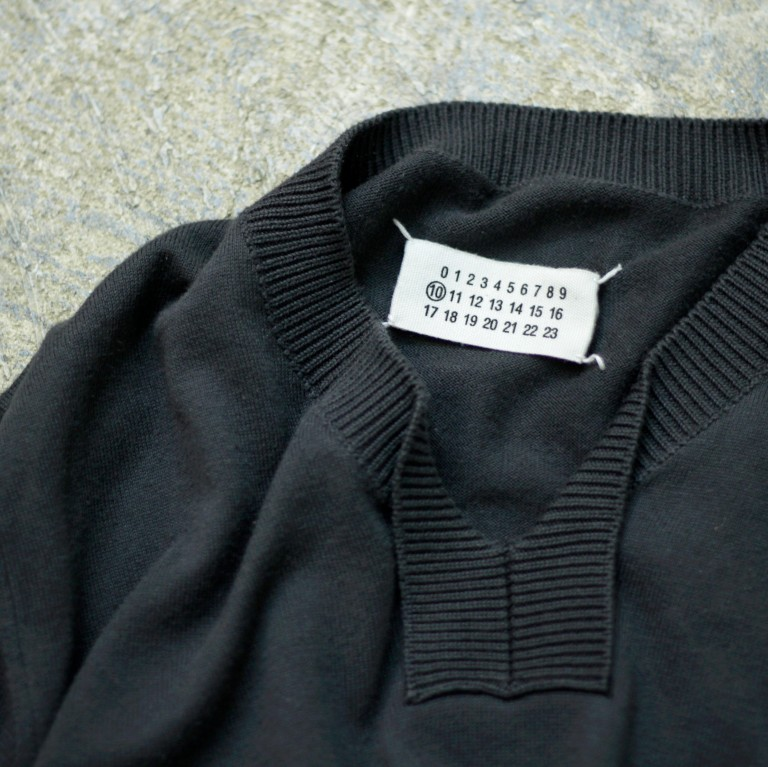 Martin Margiela ⑩ V-Neck Knit Made in ITALY