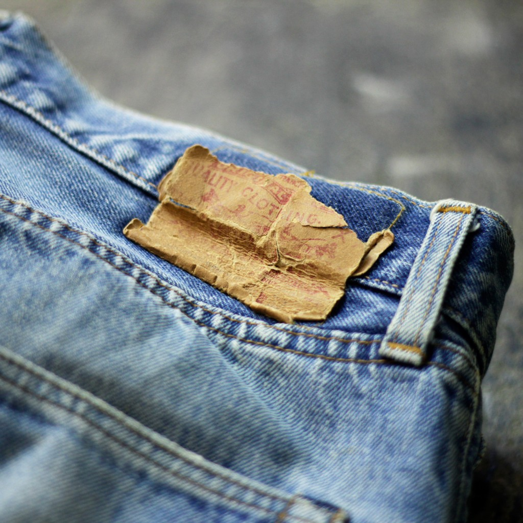 Levi's Vintage 501 66 Damage Denim