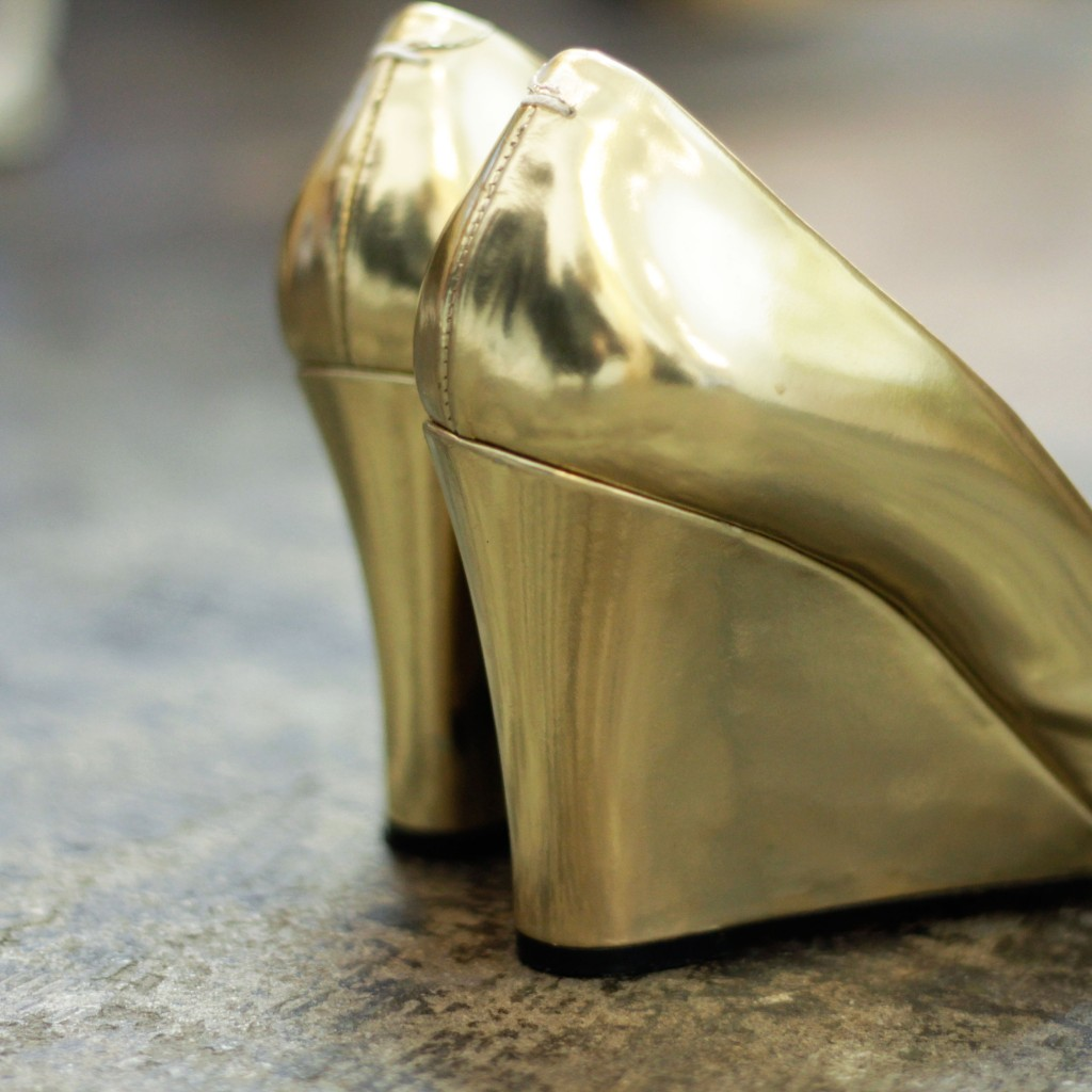 "Masion Martin Margiela Wedge Sole ""Metallic Gold"""