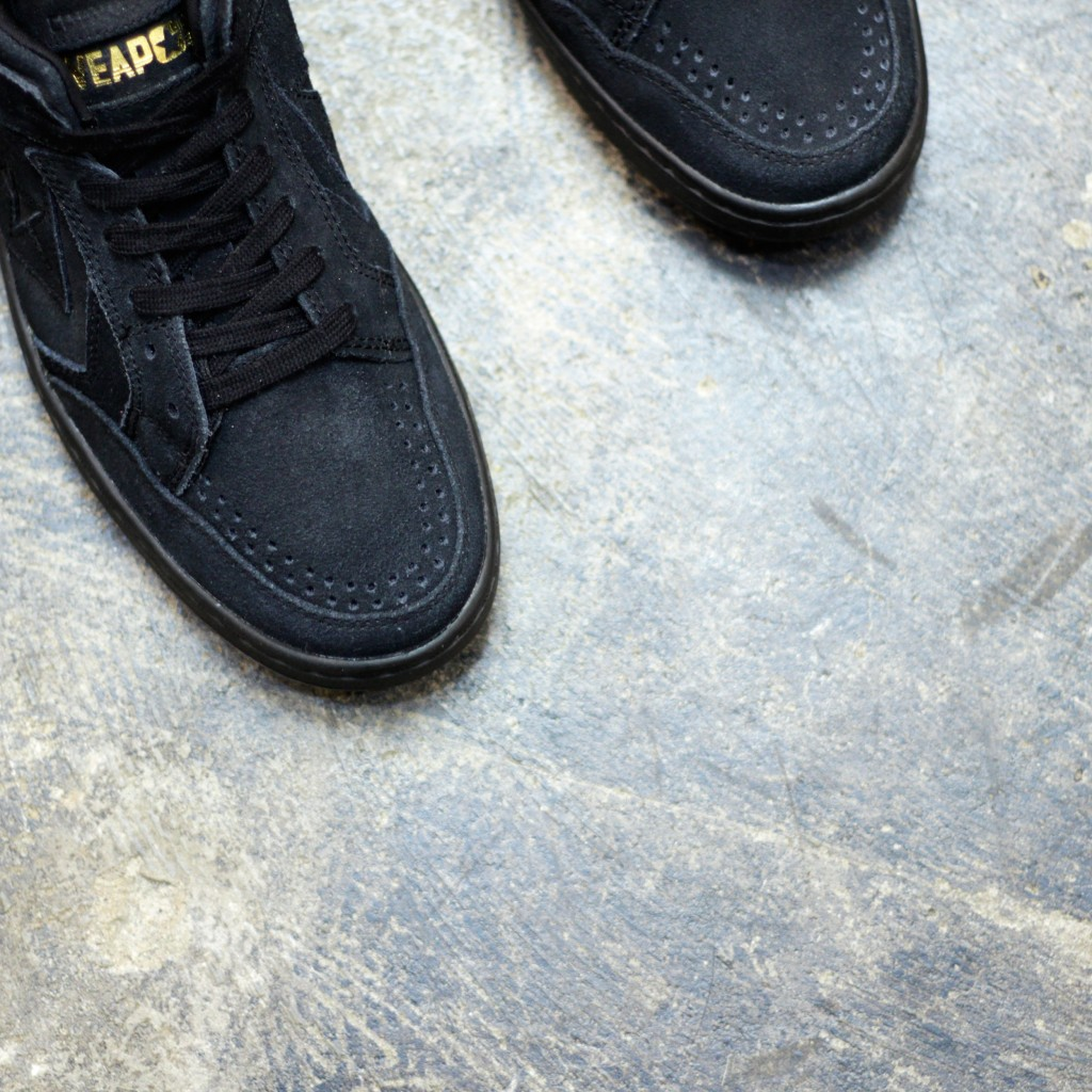 "CONS WEAPON SUEDE ""BLACKOUT"""