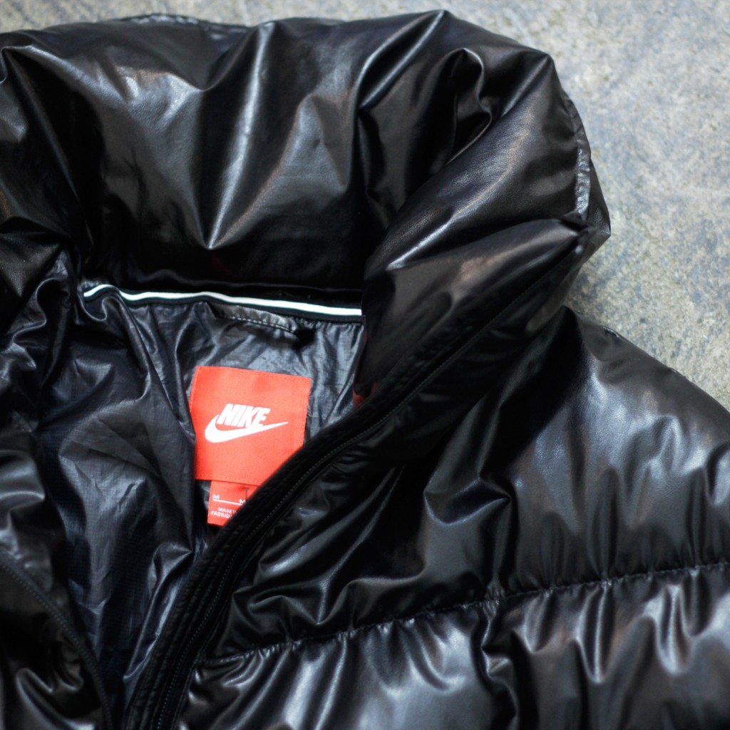 NIKE SPORTS WAER Cascade Water-Repellent Down