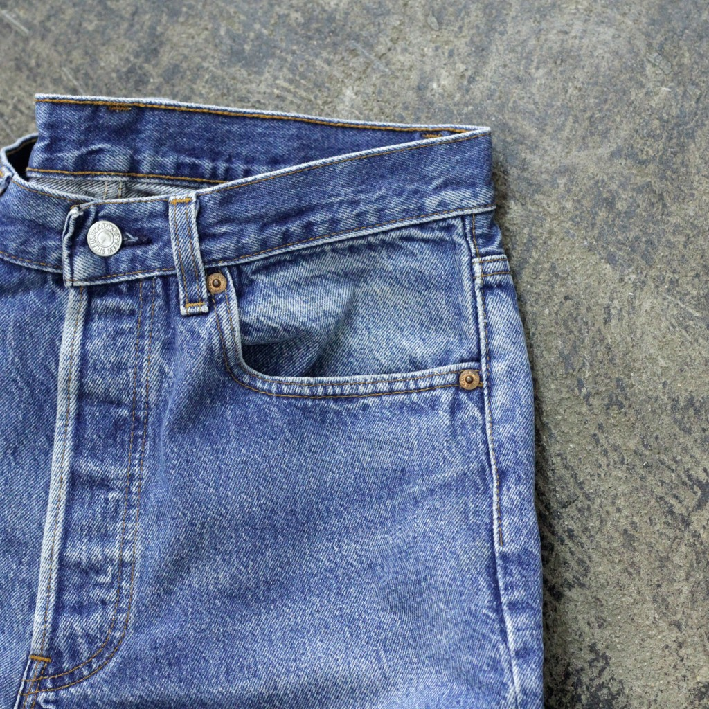 Levi's Vintage 501 80′s Blue Denim Made in U.S.A
