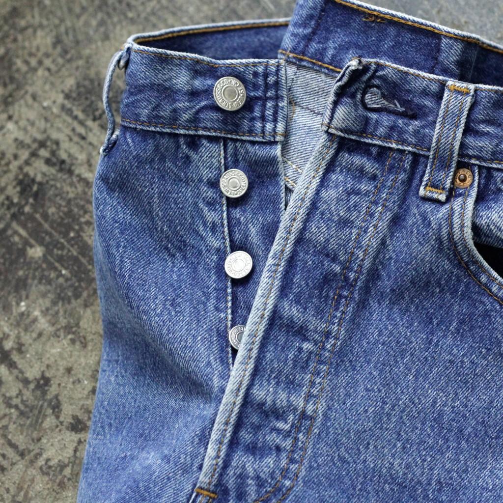 Levi's Vintage 501 80′s Blue Denim Made in U.S.A