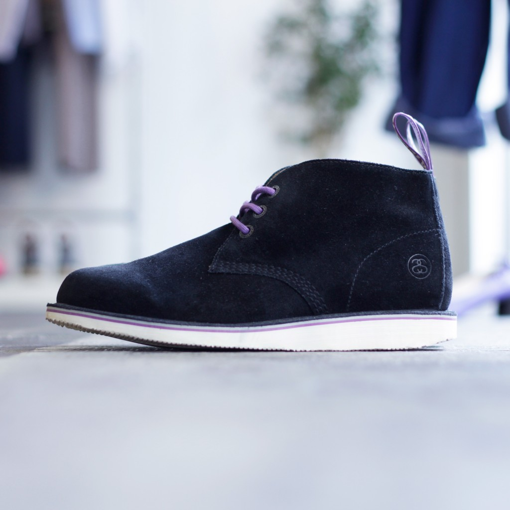 Dr.Marten × STUSSY DELUXE Suede Chukka Boots