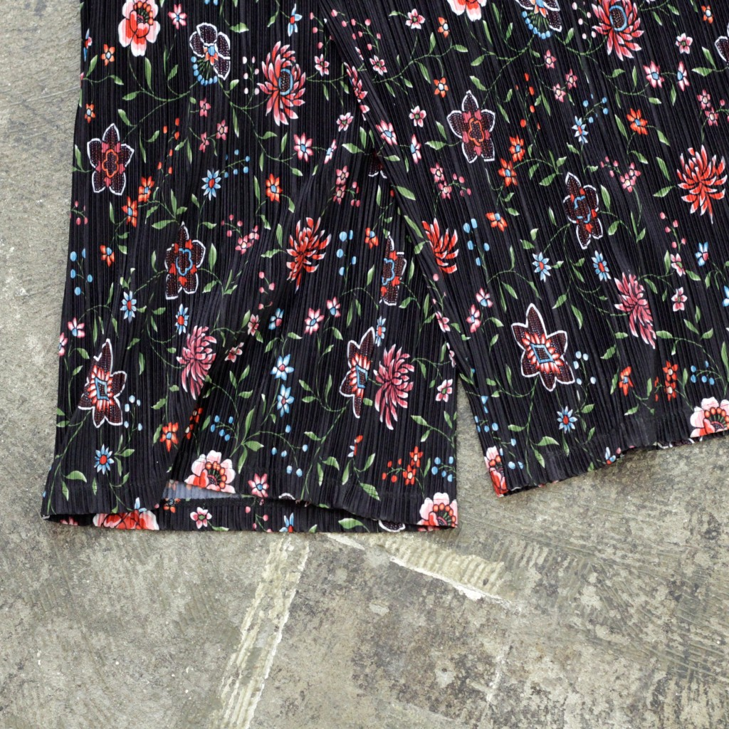 & Other Stories Pleated Flower Pants