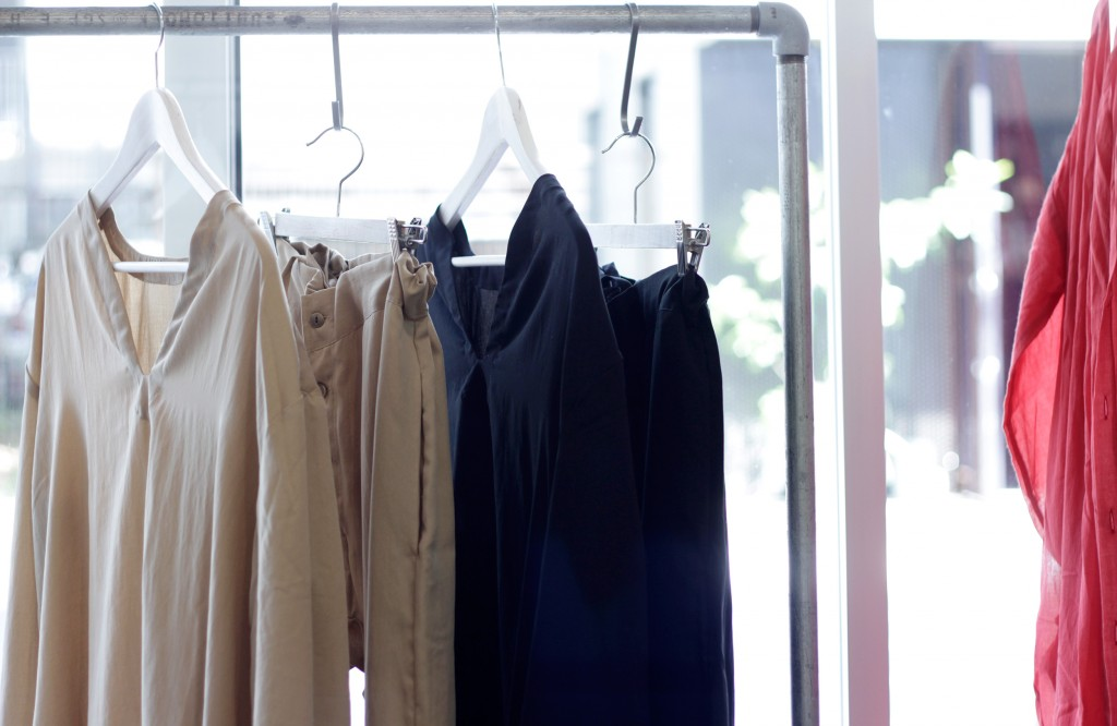 by mo New Delivery 2019 S/S Collection item