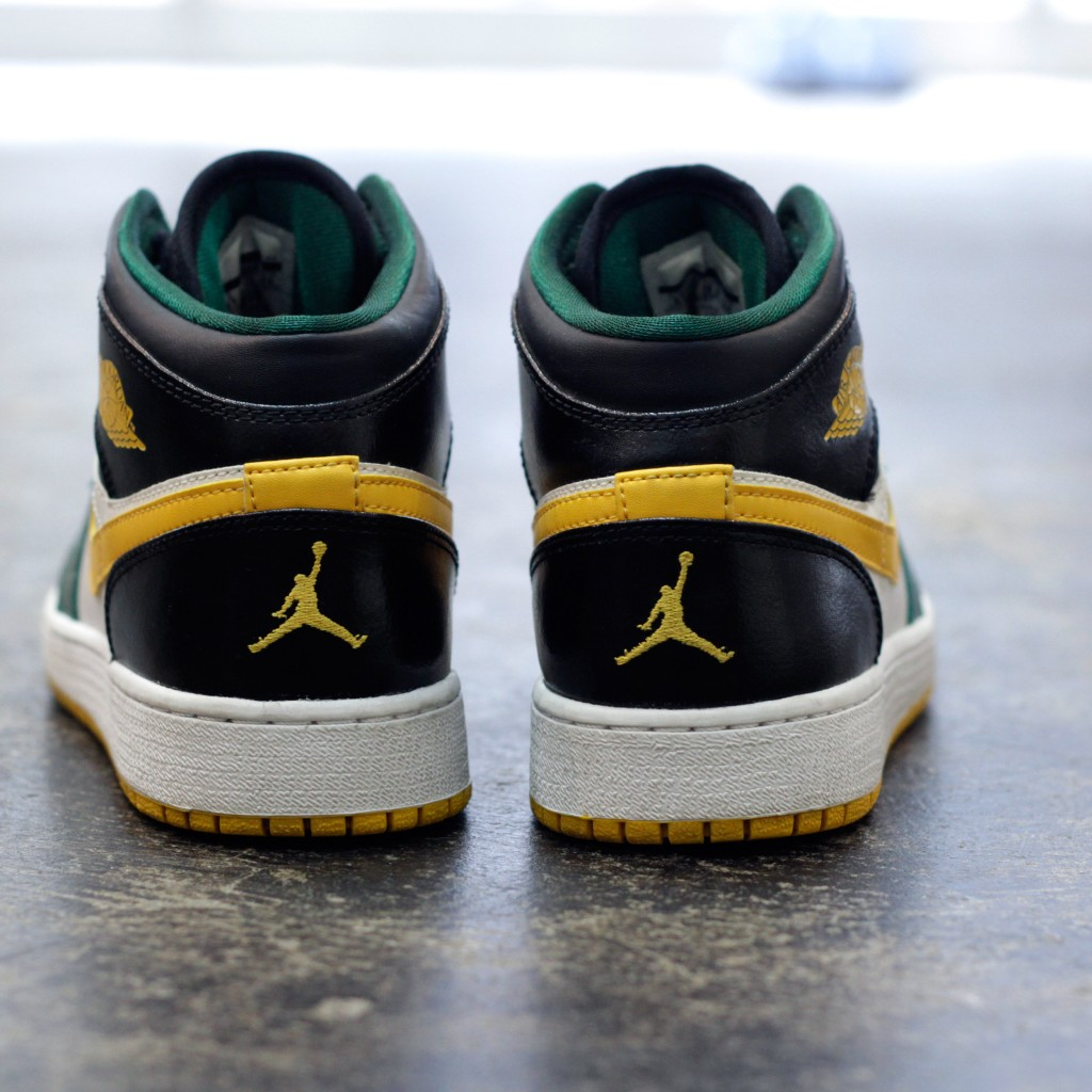 "NIKE Air Jordan 1 Mid ""SUPERSONICS"""