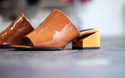 VIA SPIGA Block Heel Patent Sandal