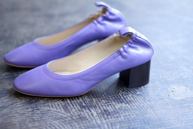 EVERLANE Block Heel Plane Pumps