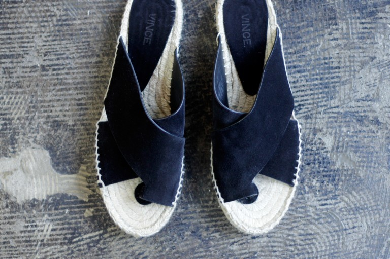 VINCE Toe Strap Sandal