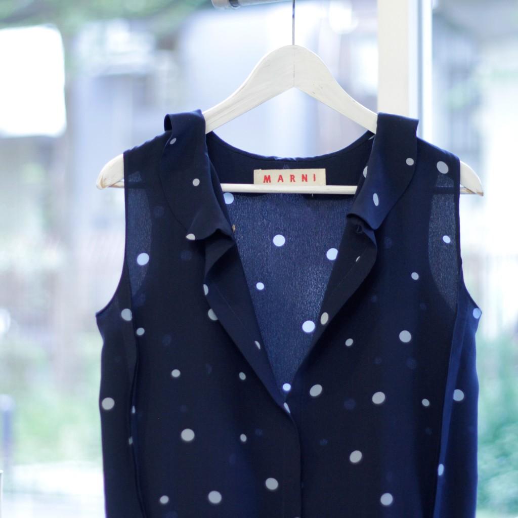 marni_dot_silk_blouse_03