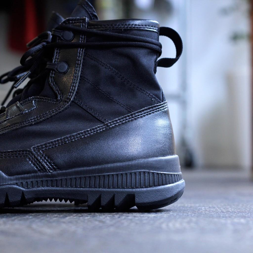 NIKE SFB 6 Boots