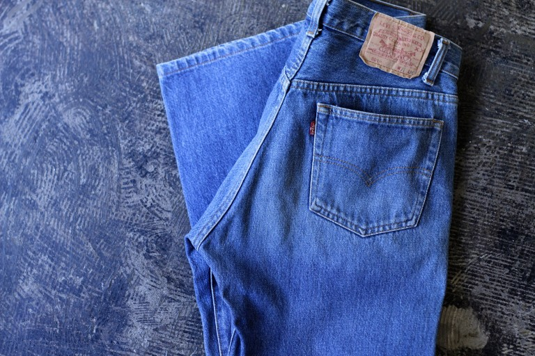 """Levi's 501 80′s Shrink-To-Fit Denim """"Made in U.S.A"""""""