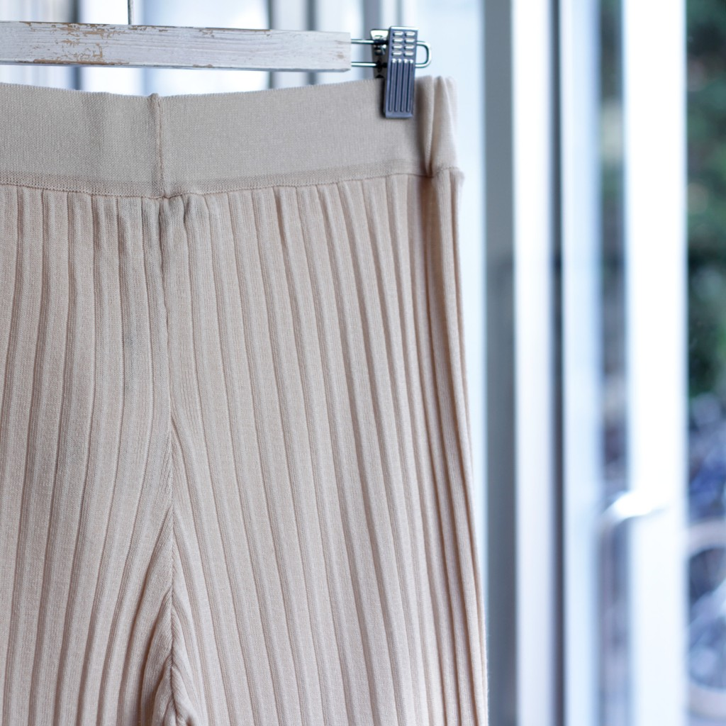 Pleated Rib Pants