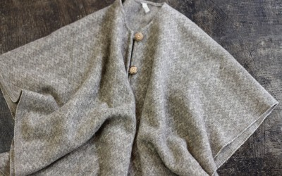 MOLINA Vintage Open Front Mexican Poncho