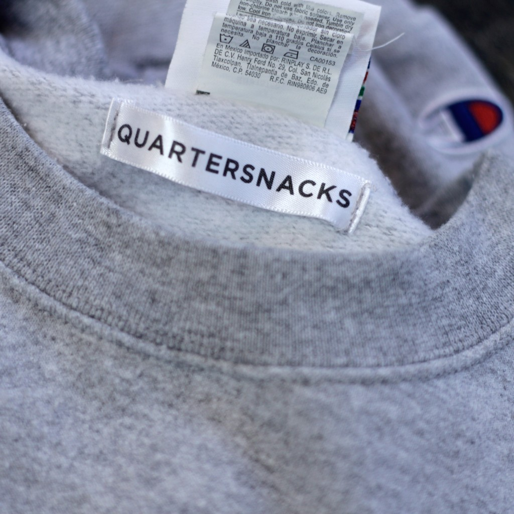 QUARTER SNACKS Double Color Logo Sweat