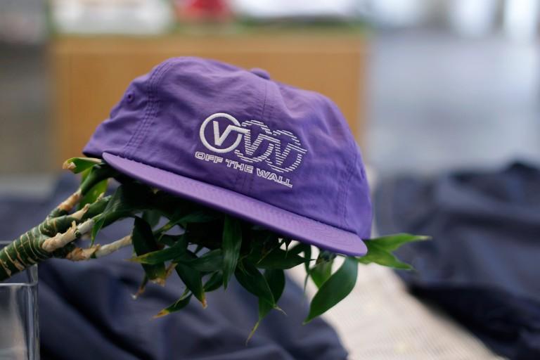 VANS OF THE WALL Triple Circle Logo Nylon Cap